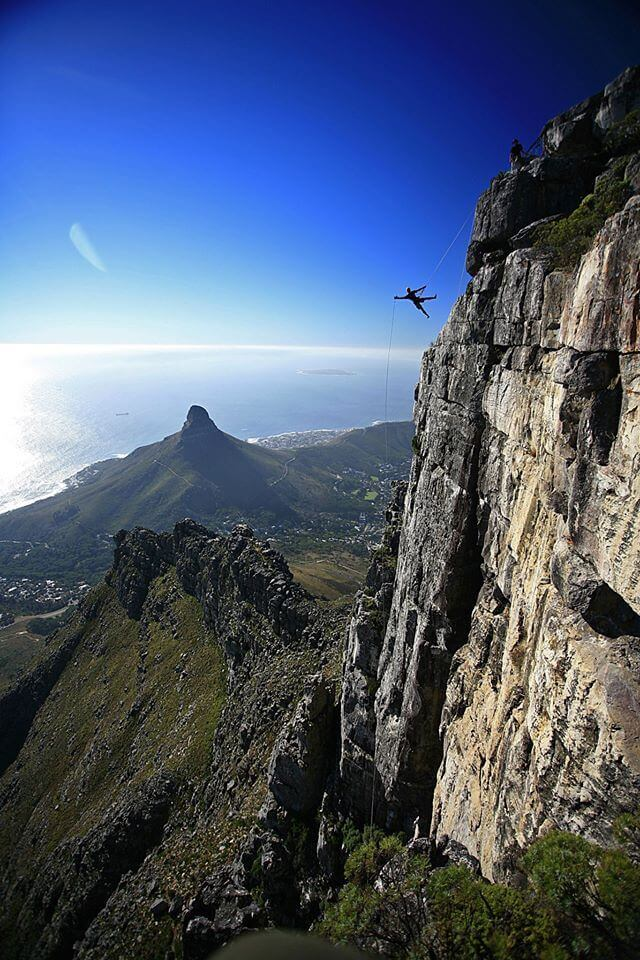 Abseiling_in_Cape_Town